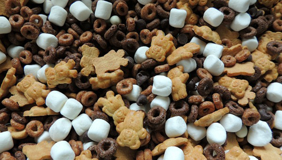 Simple Smores Snack Mix